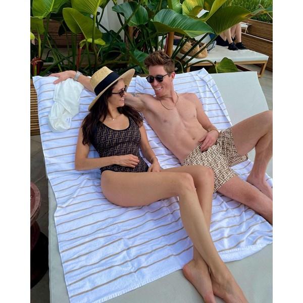 Двойката с щурите снимки и винаги добрия хумор – Шон