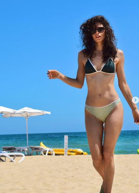 Шегички от плажа на Слънчака пусна красавицата Даяна Ханджиева, видя