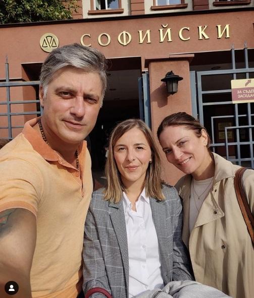 Актьорът Владимир Карамазов си смени официално фамилията в съда, видя